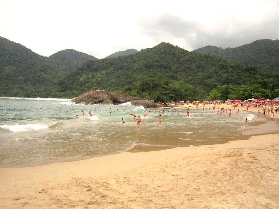 Praia do Meio - Trindade (2)